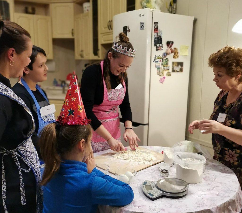 cours de cuisine russe chez la famille local