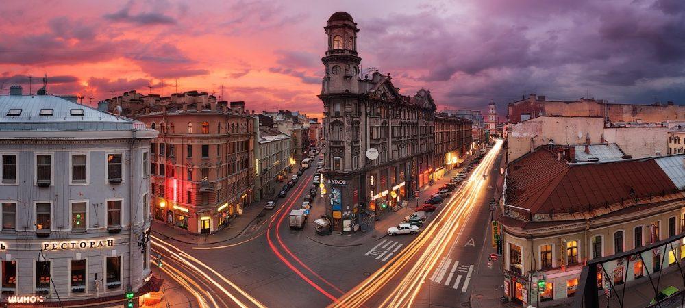 la place des cinq coins à Saint-Pétersbourg