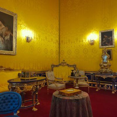 le salon lyonnais dans le palais de catherine