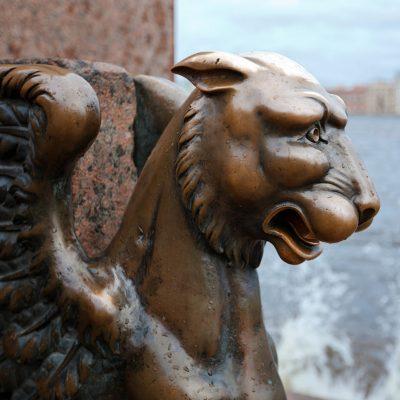 les griffons de Saint-Pétersbourg